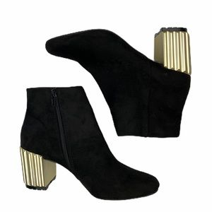 Qupid Chunky Gold Heel Booties